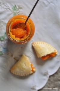 slyvubaziliku-morkuapelsinu-uogienes-ir-pyrageliai2