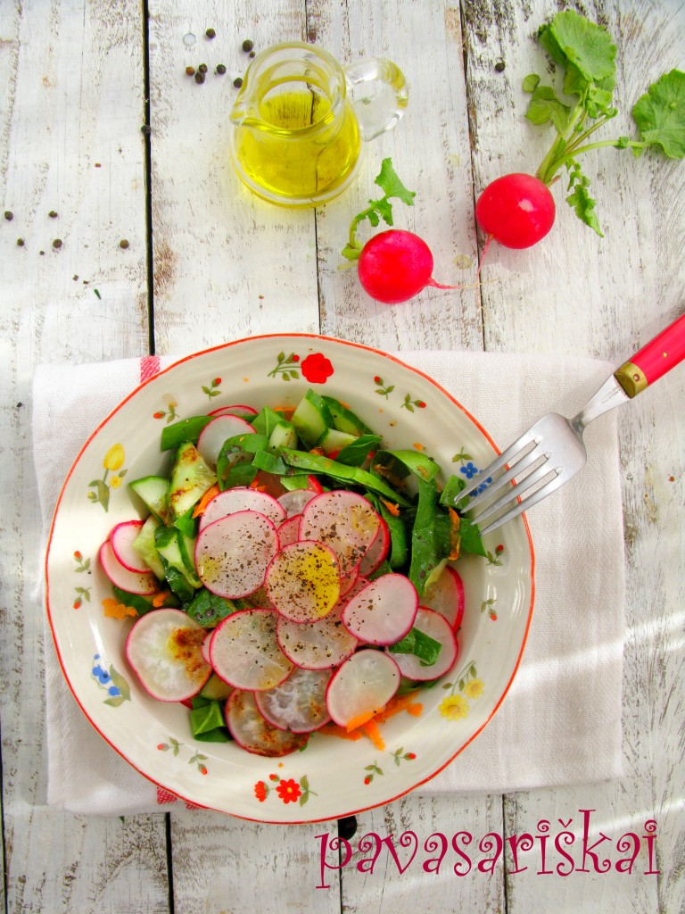 Sweet&sour spring salad