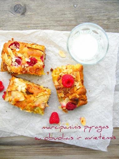 Marcipaninis pyragas su obuoliais ir avietemis